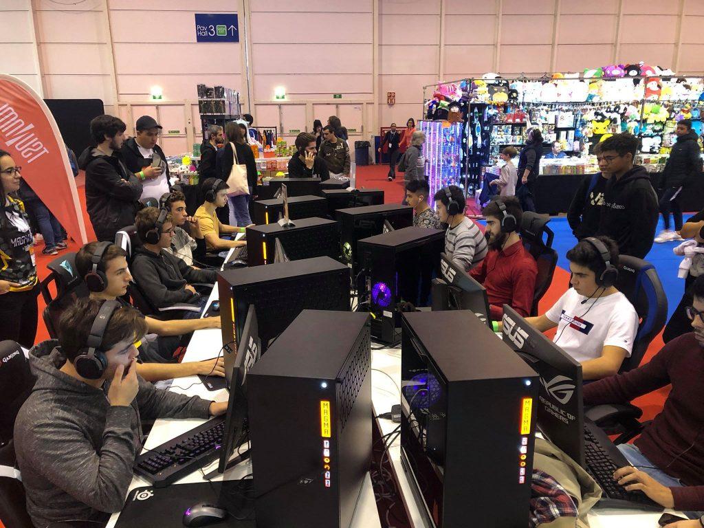Torneio de Counter-Strike: GO no nosso stand